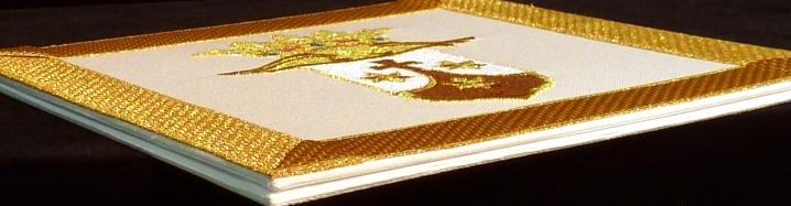 Carpetilla bordada a máquina