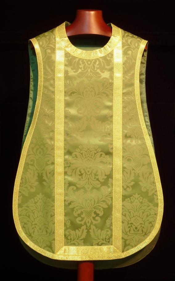 delantero de casulla verde de guitarra