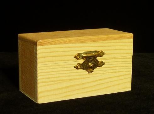 Envoltorio para las cintas de amito pintadas a mano