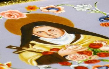 Palia de Sta. Teresita pintada a mano