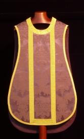 Delantero de casulla morada de damasco