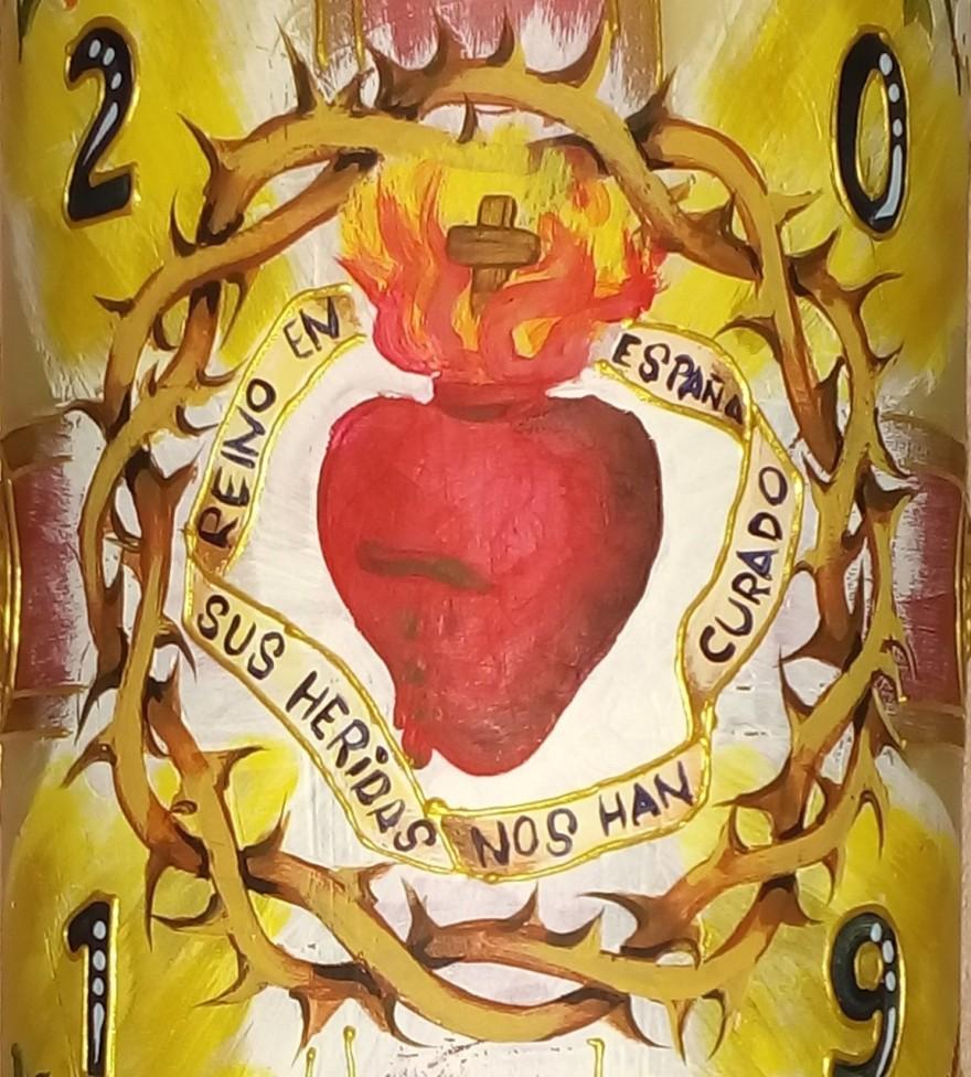 Cirio Pascual 2019 Cor Iesu, pintado a mano