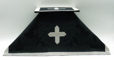 bolsa de corporales y velo de cáliz negros