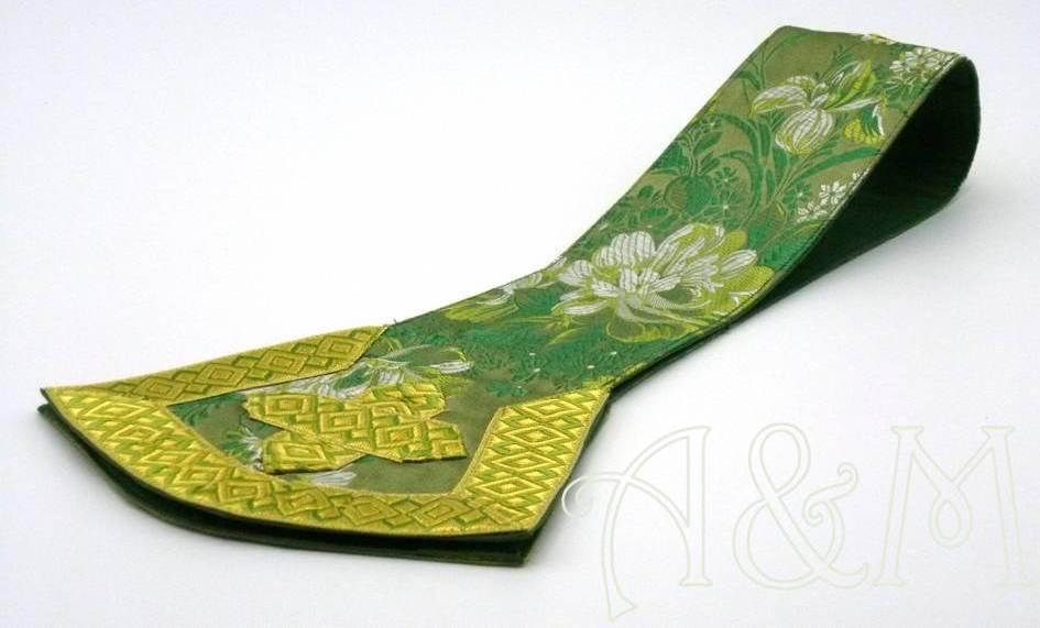 detalle manípulo verde