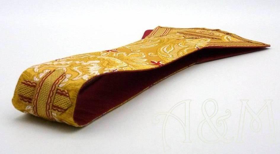 Manípulo en tela brocada oro