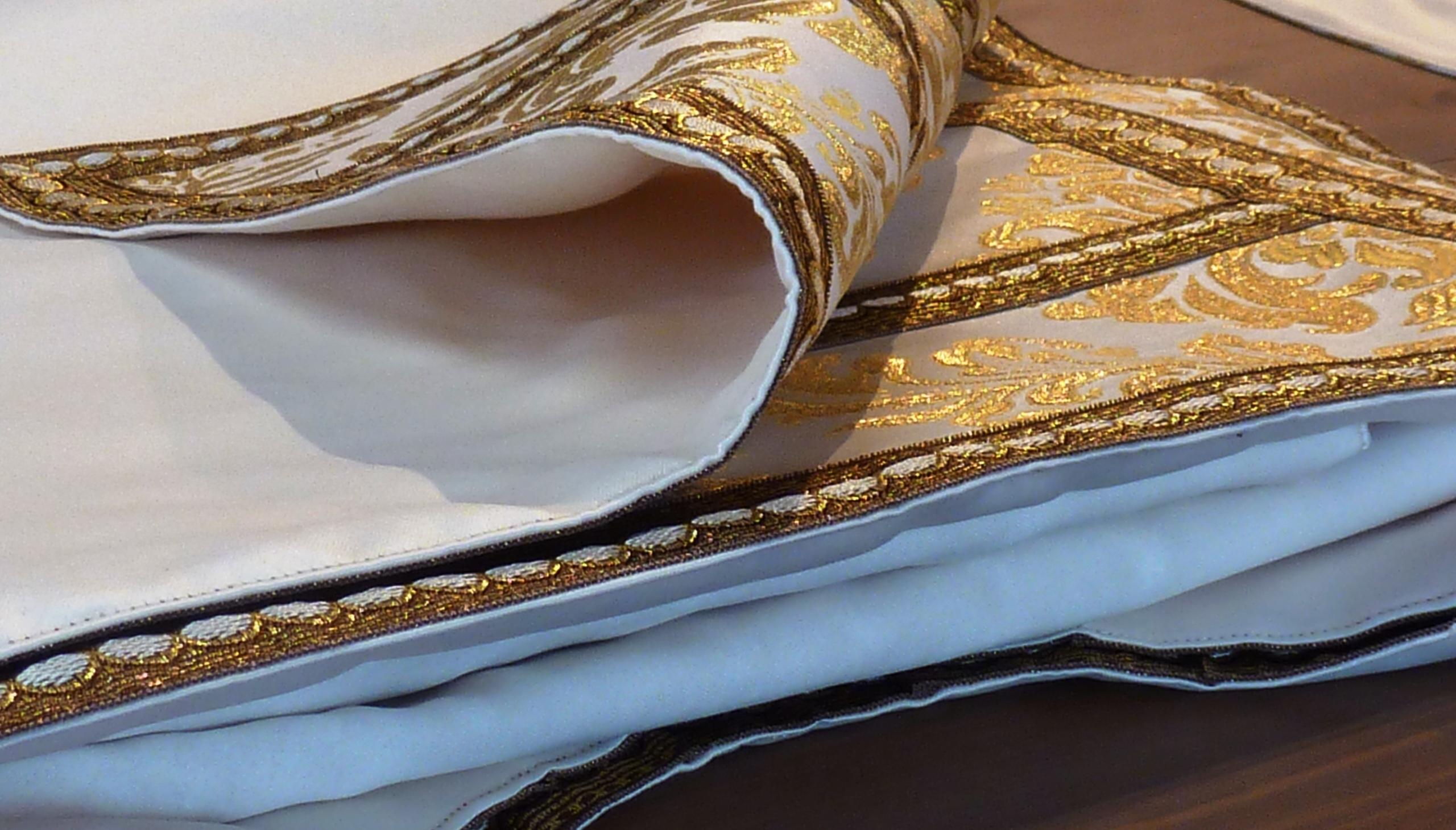 Detalle del tejido de la dalmática